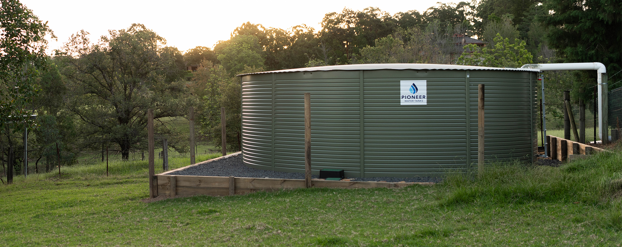 panel water tank colour